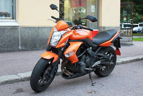 Autokoulu Tampere - Autokoulu Pirkka Kawasaki ER-6