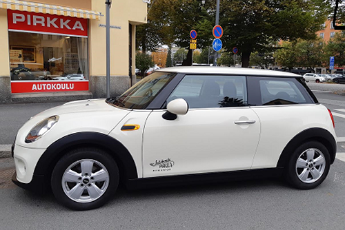 Autokoulu Tampere - Autokoulu Pirkka Mini One Pepper